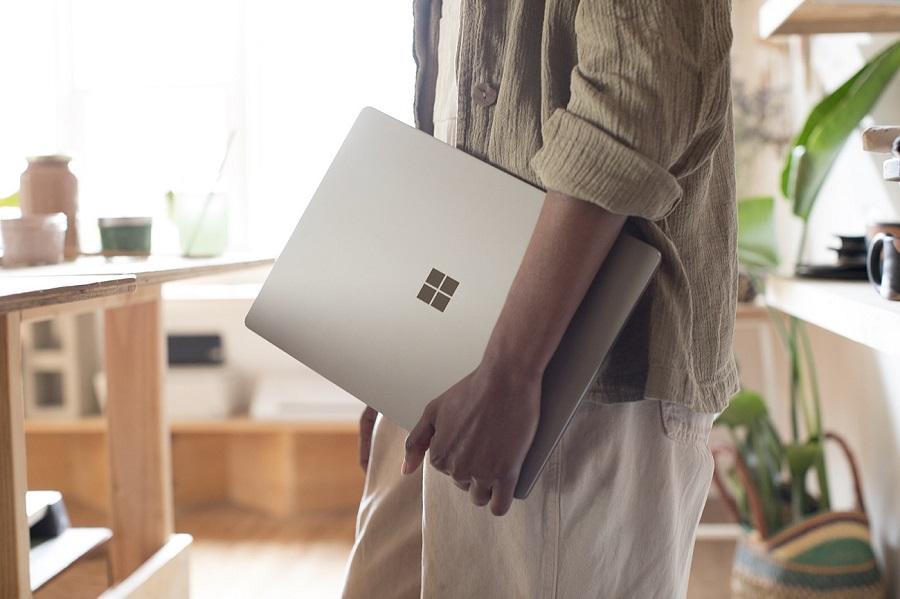 Microsoft Surface Laptop Beautiful Sense OneTechTraveller