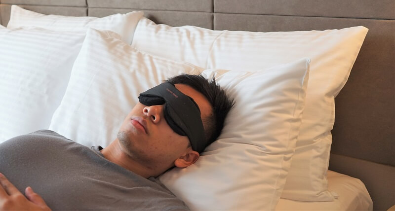 Manta Sleep Mask Review: Modular Perfection | One Tech Traveller