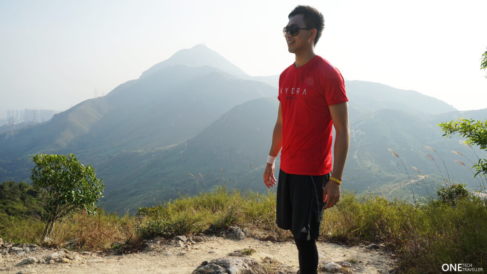 KYDRA ESSENTIAL TEE REVIEW ONE TECH TRAVELLER RED SHIRT