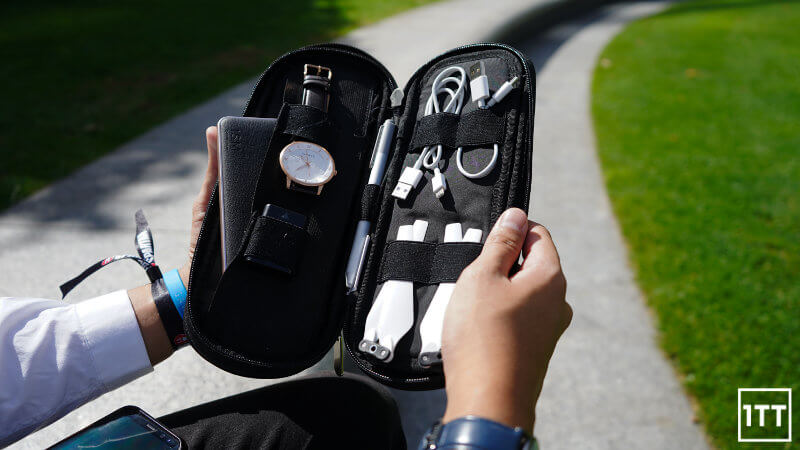 SIDEBYSIDE POWER PACKER REVIEW ONE TECH TRAVELLER LIFESTYLE