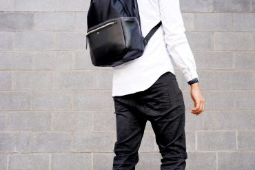 ISM CLASSIC BACKPACK REVIEW ONE TECH TRAVELLER FASHION