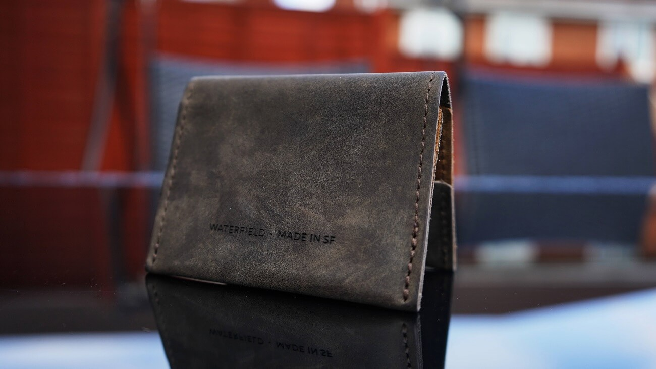 WATERFIELD VIA WALLET REVIEW ONE TECH TRAVELLER OUTDOOR