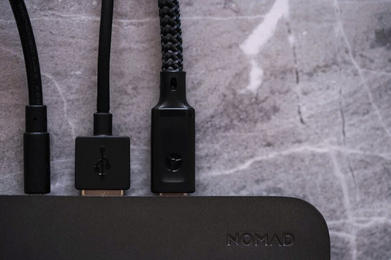 NOMAD BASE STATION REVIEW ONE TECH TRAVELLER CLOSEUP