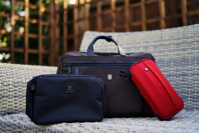 VICTORINOX BAGS COLLECTION ONE TECH TRAVELLER HERO